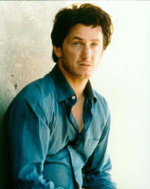 Premios Gotham: en cine independiente brillan Sean Penn y Michael Moore