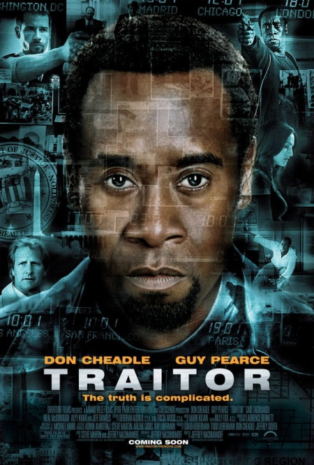 "Trailer de la película ""Traidor"", con Don Cheadle, Guy Pearce, Neal McDonough y Jeff Daniels"