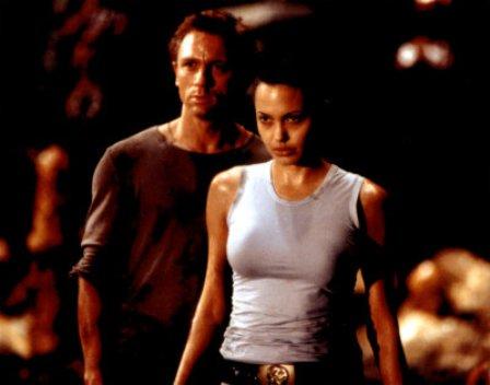 Angelina Jolie en los planes de James Bond (manden a 007 al gimnasio)