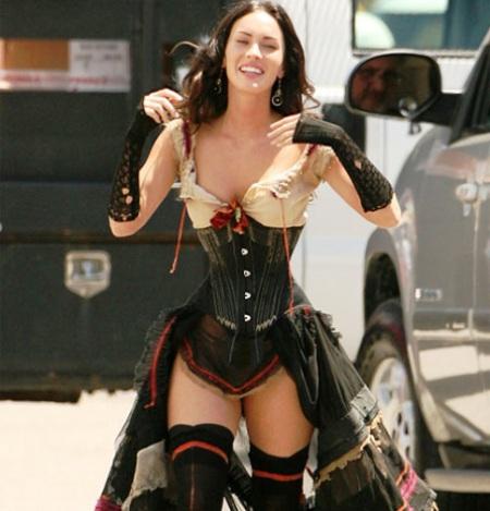 """Primer imagen de Megan Fox con el vestuario de """"Jonah Hex"""""""