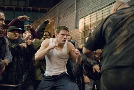 Trailer online en español de la película «Fighting, puños de asfalto», estreno 15 de mayo de 2009