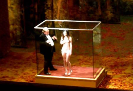 Megan Fox en topless durante el rodaje de Passion Play