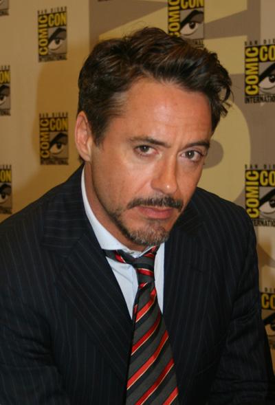 Robert Downey se centra solo en Sherlock Holmes