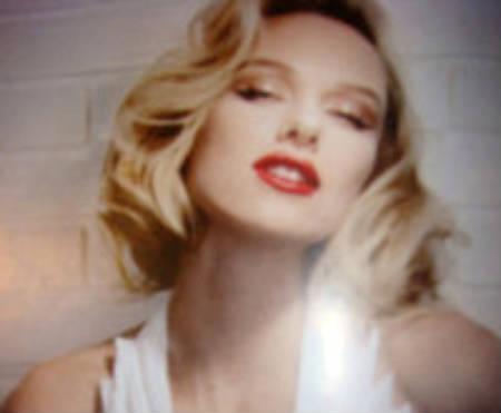 Primer foto de Naomi Watts como Marilyn Monroe en la película Blonde