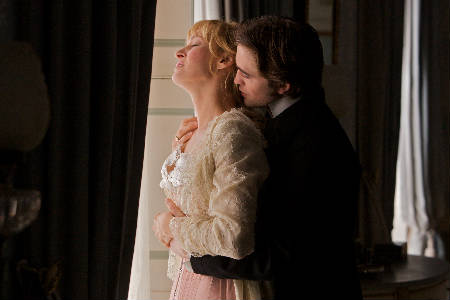 Robert Pattinson & Uma Thurman - Bel Ami