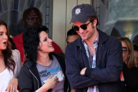 Robert Pattinson defiende a Kristen Stewart del escándalo por sus comentarios sobre violaciones
