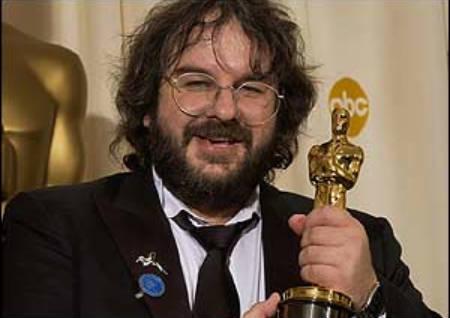 Peter Jackson reemplaza a Guillermo del Toro en la dirección de El Hobbit