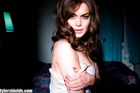 Lindsay Lohan es una adicta, su madre lo reconoce