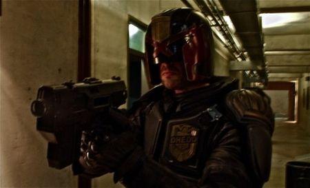 Karl Urban es el nuevo Juez Dredd, primera foto