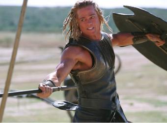"""Brad Pitt protagonizará """"La Odisea"""" ¿en nave espacial?"""