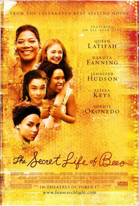 """Trailer online de la película """"La Vida Secreta de las Abejas"""", con Dakota Fanning, Queen Latifah, y Paul Bettany"""