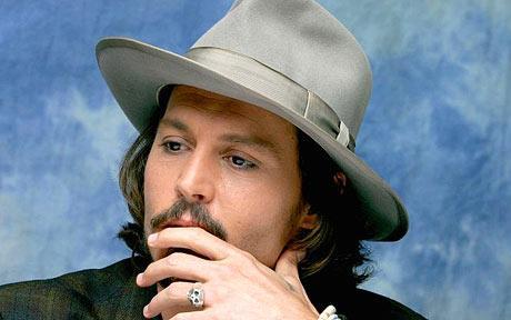 Johnny Depp podría ser el Cazador en la película de Blancanieves