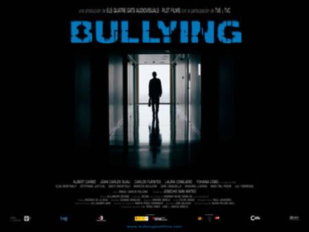 Trailer online de la película 'Bullying', estreno 23 de octubre