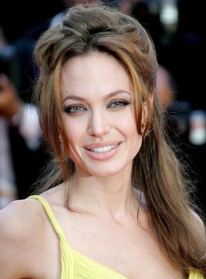 Angelina Jolie, una mujer de dos caras