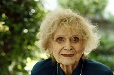 Fallece la actriz Gloria Stuart