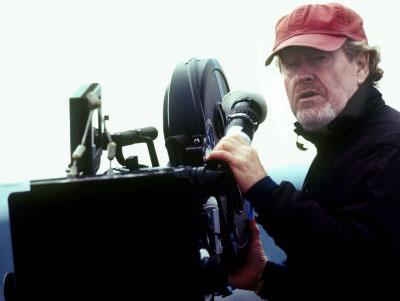 Ridley Scott vuelve a que mejor hace, la ciencia ficción
